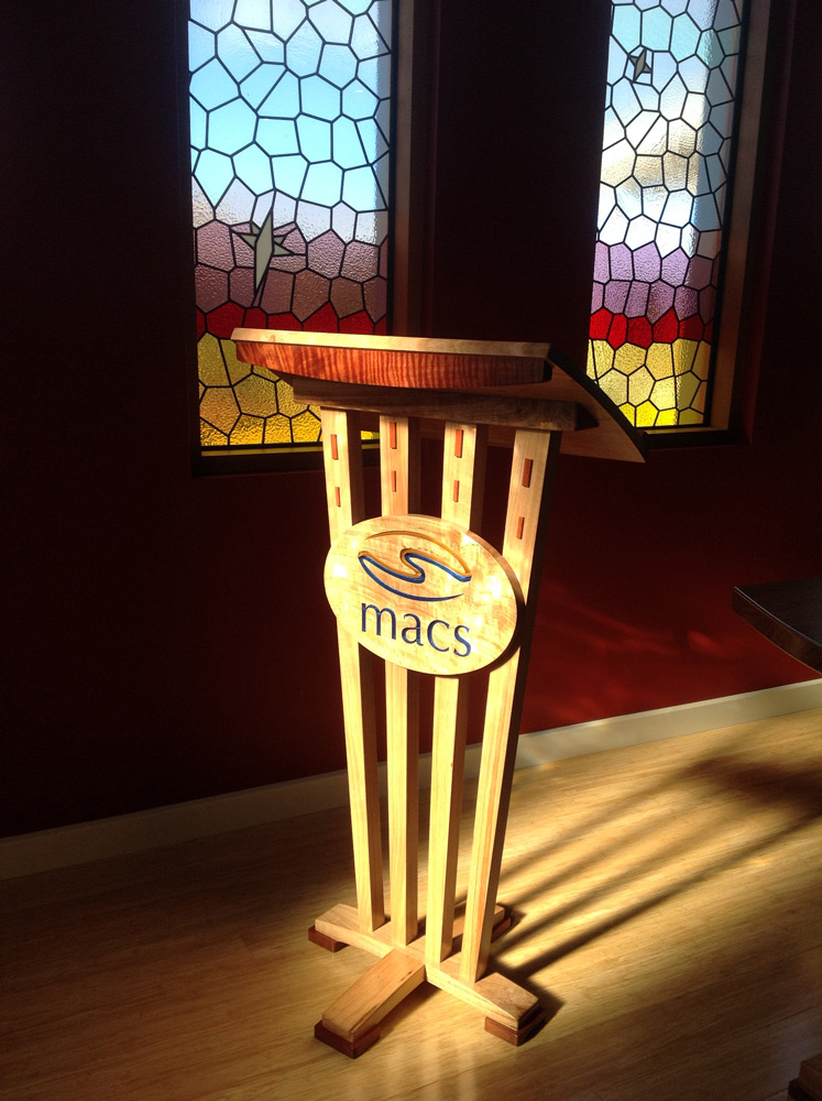 peppermint gum lectern with red gum detail