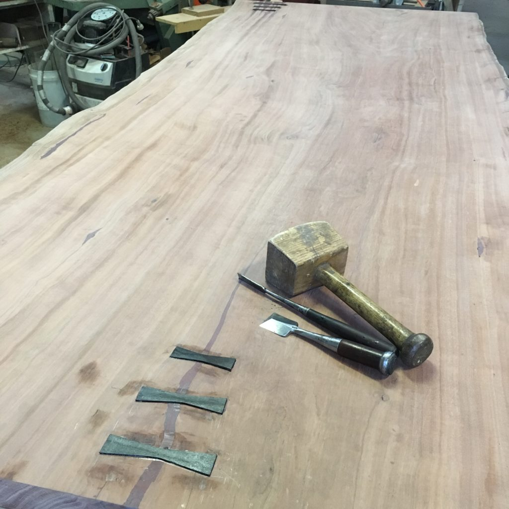 fitting butterfly/bow tie on red gum slab table